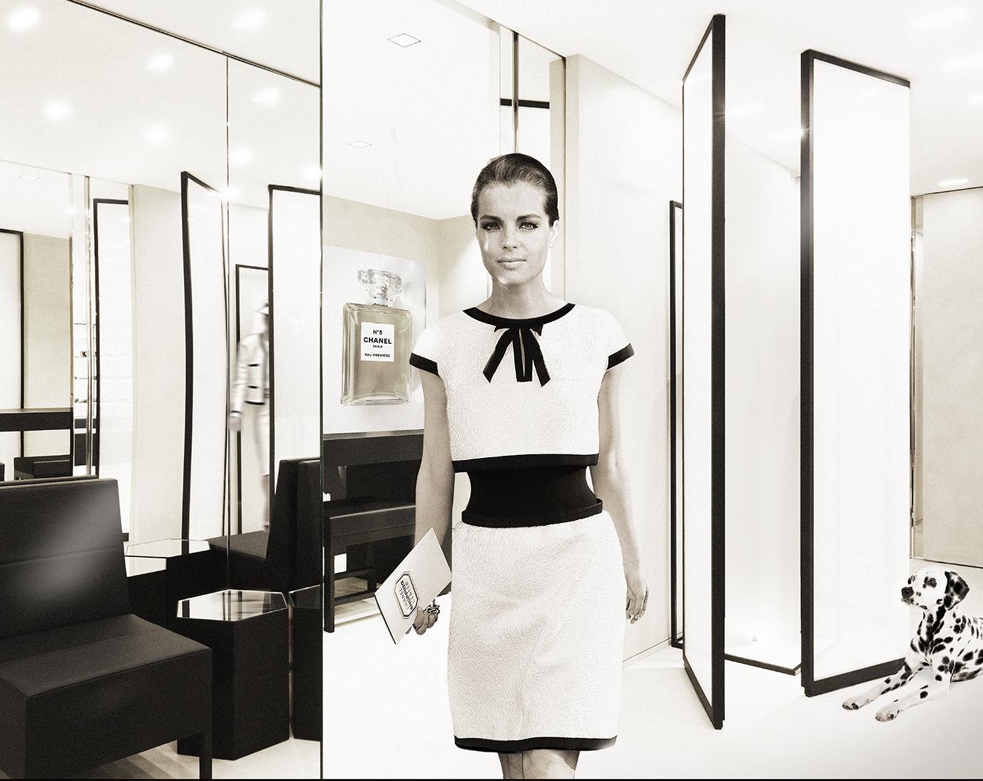 axel-crieger-2016-Hommage-de-Chanel-Fotocollage-auf-Museumweinwand-Edition-12